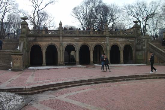 Bethesda Fountain: Bethesda Terrace and Fountain