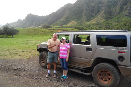 Hummer Tours Hawaii : Our fearless tour guide