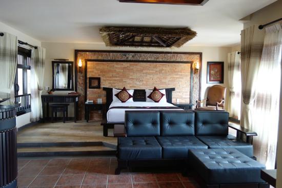 Lotus Village Resort: Seafront bungalow S151