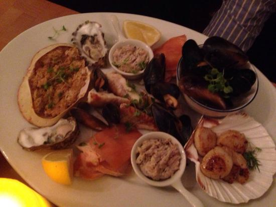 a room in Leith and Teuchters Landing: Seafood for 2 was quite disappointing
