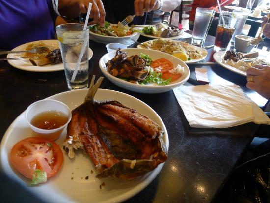 Max's Restaurant: Fried Daing na bangus