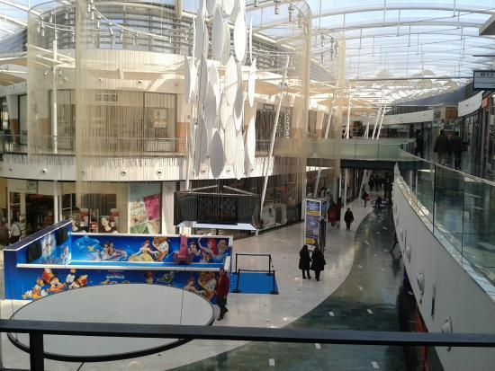 Islazul picture of centro comercial islazul madrid for Centro comercial sol madrid