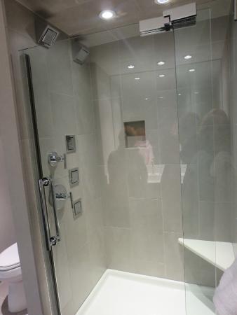 Awesome Kohler Shower! - Picture of Inn on Woodlake, Kohler ...