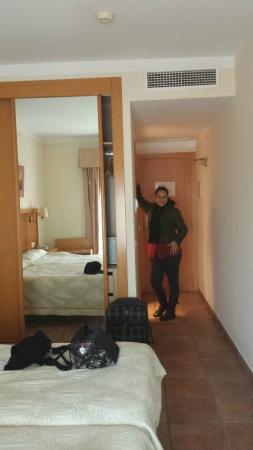 Hotel Dona Catalina : entrada de la habitación