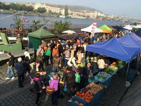 Farmer´s Market Naplavka