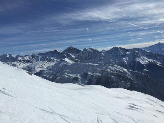 Kailash Adventure : View from Helbrunner