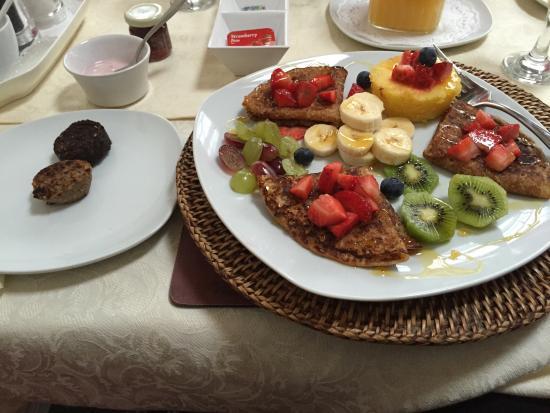 Springfield Lodge Bed & Breakfast: Best breakfast ever!!!