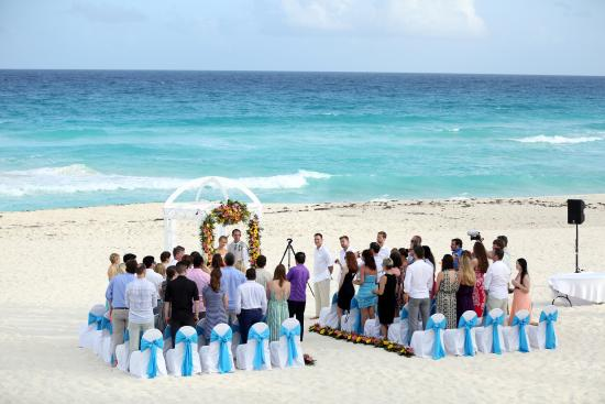 Omni Cancun Resort Villas Wedding On The Beach Set Up