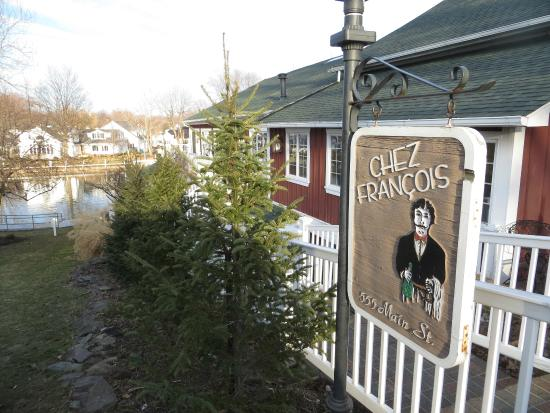 Chez Francois Restaurant: subdued signage on the street; you might miss it