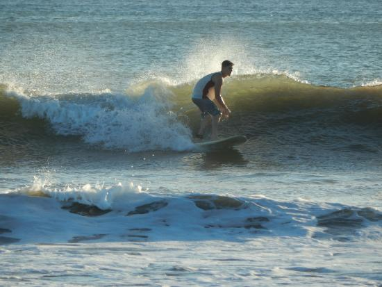 Las Plumerias Lodge and Surf: Surfing