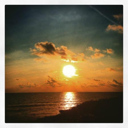 Casitas del Mar: Sunrise from the Casitas