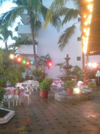 Mismaloya Grill - Restaurant Reviews, Photos & Phone ...