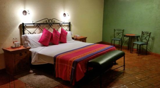 Hotel Antiguo Vapor: My room - Jilgueros