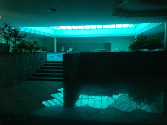 Chamonix Plaza Hotel: Piscina Coberta