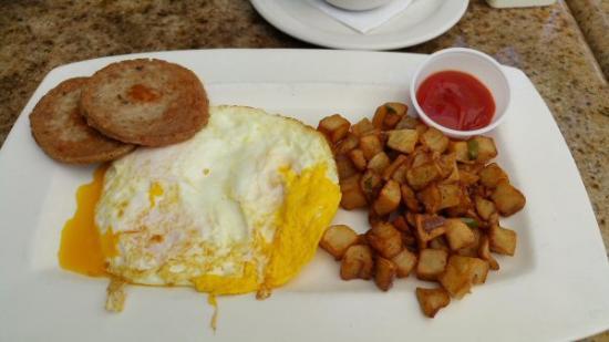 City Tropics Bistro : eggs