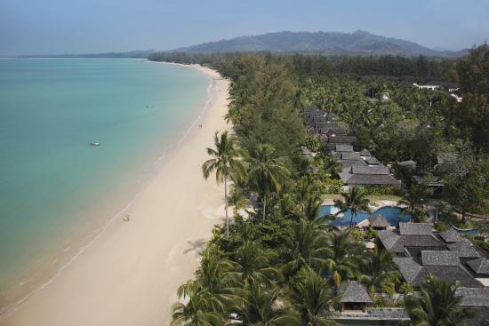 Pullman Khao Lak Katiliya Resort and Spa: Beach