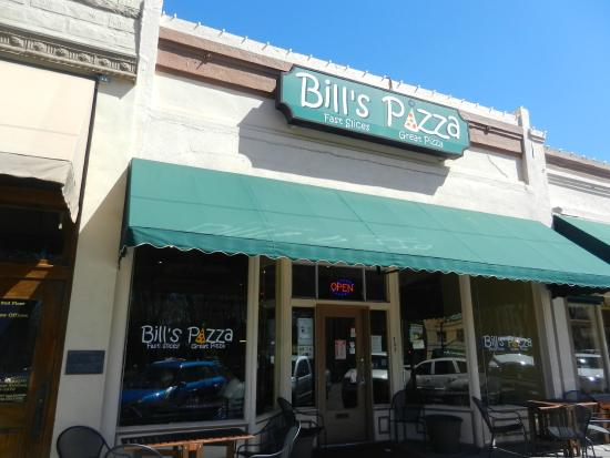 Bill's Pizza: View of the front of the restaurant
