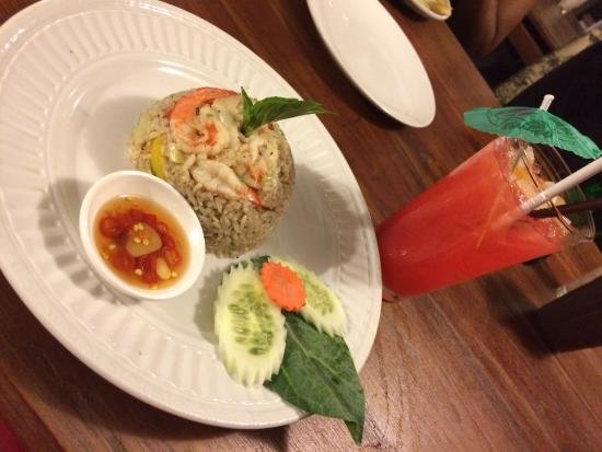 Spicy fried rice and prawns picture of smith rabbit for Smith cuisine