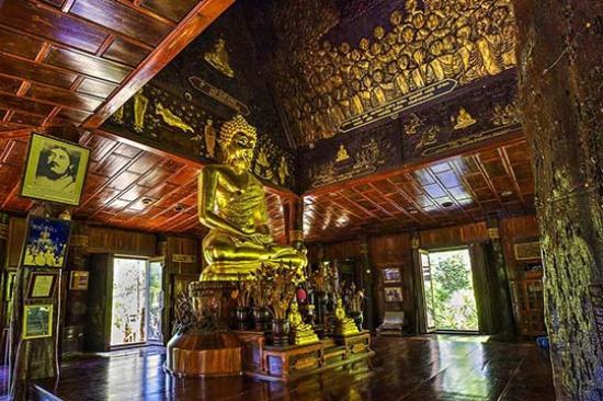 Sahatsakhan, Thailandia: The Open Ubosot