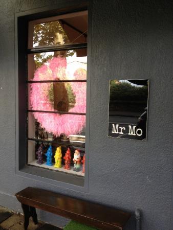 Mr Mo's