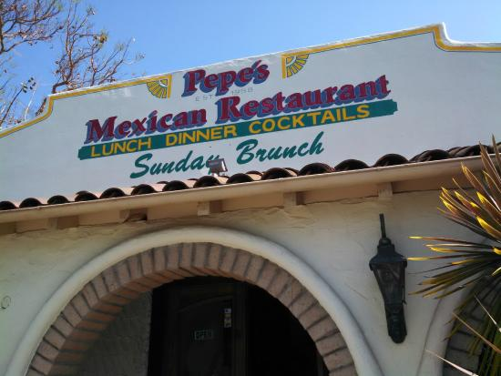 Pepe's Mexican Food: front of building