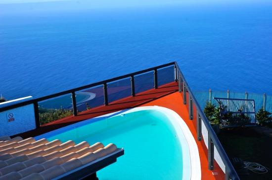 Faja da Ovelha, Portugal: la vue depuis le balcon de la chambre