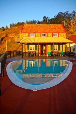 Faja da Ovelha, Portugal: la maison en février