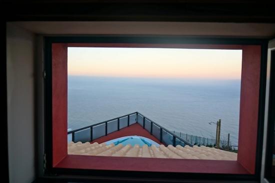 Faja da Ovelha, Portugal: la vue depuis la fenêtre de la chambre