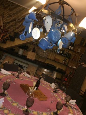 Marché de Provence: Интерьер ,создает невероятный уют!