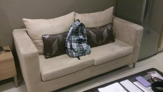 Viva Garden Serviced Residence: Sofa in Room