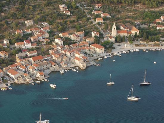 Prvic, Croácia: Prvić Luka