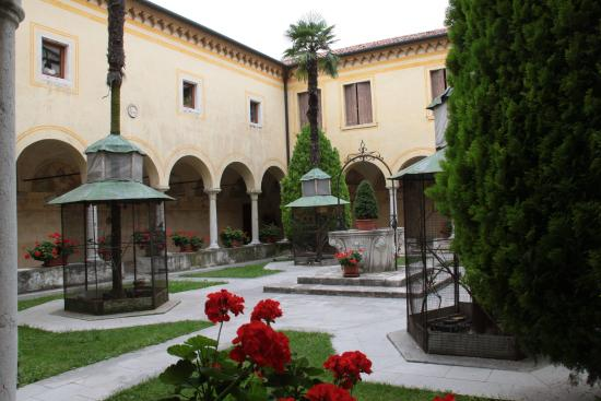 Motta di Livenza, Italy: Chiostro interno
