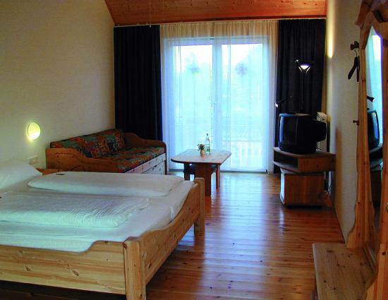 Pension Im Sunnegässle: 2/3 Bett Zimmer