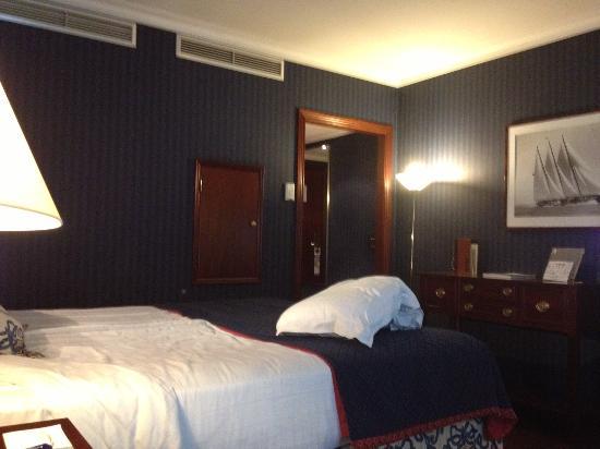 Eurostars Montgomery: Room on first floor (non-smoking)