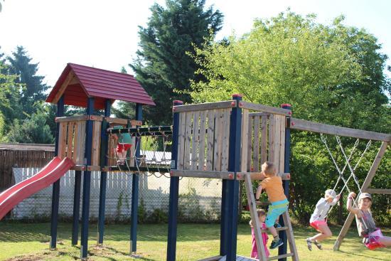 Pension Im Sunnegässle: Spielplatz