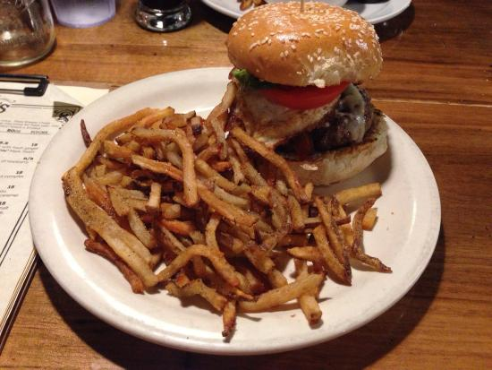 Twains Billiards & Tap: Farmstead burger. They over cooked the egg a bit. But still great seasoned beef burger.  Fry's n