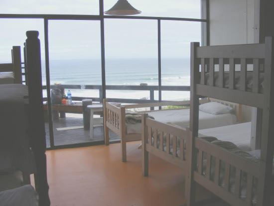 Wilderness Beach house: Top floor dorm rooms, sleep with a view and listen to the waves crashing below - peaceful sleep