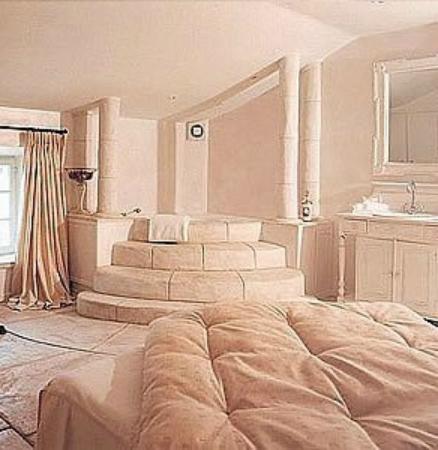 Cot chambre picture of auberge des adrets frejus for Chambre auberge