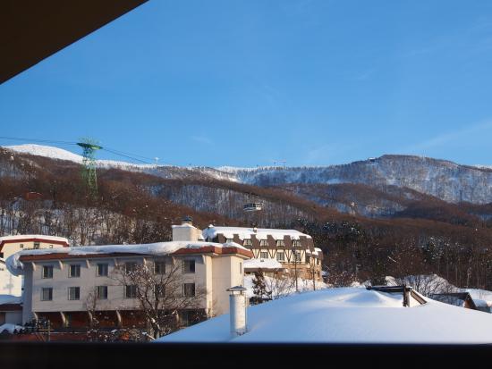 Wakamatsuya: 部屋からの眺め(一例デス)
