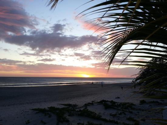 Hotel Popoyo : Sunset sur la plage Popoyo