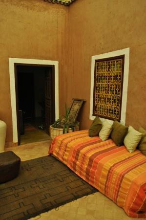 Dar Tougga : espace détente au sortir de la chambre