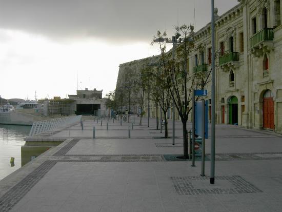 Dragonara Casino: zona porto turistico