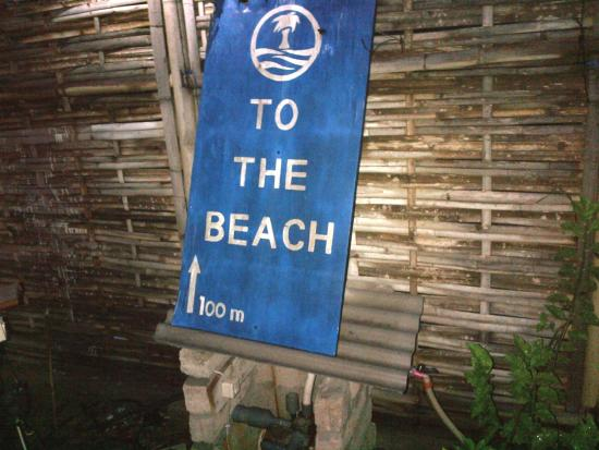 Trawangan Oasis: distance to beach