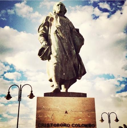 Lungomare di Lavagna: Monumento a Colombo