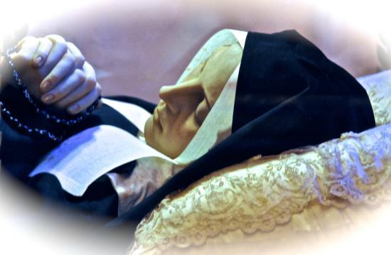 Saint Gildard Convent & Museum : Ste Bernadette
