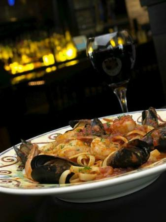 Telly's Restaurant & Pizza: seafood pasta