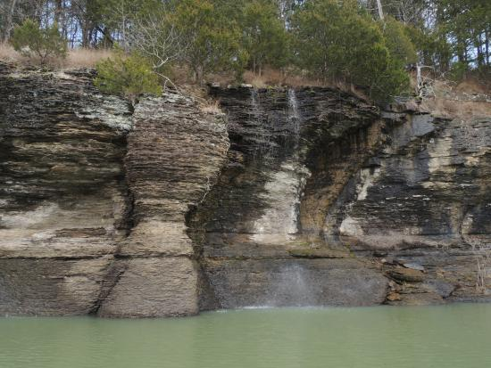 Bud Lady Fishing Guide Service: Beautiful Bluffs