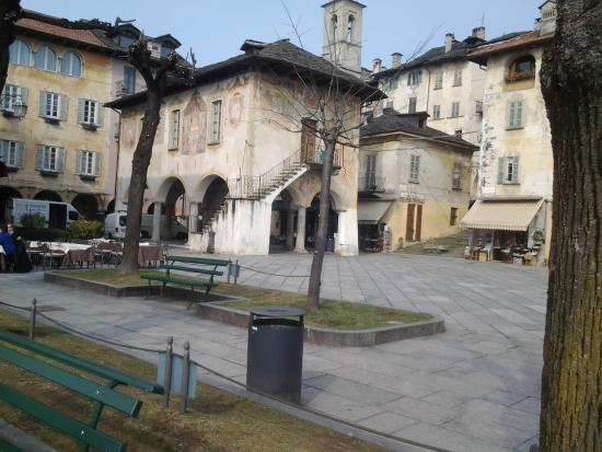 Orta San Giulio, إيطاليا: Orta - Il Palazzotto