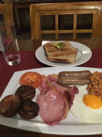 Restaurant at Harry's Aberystwyth: Traditional English breakfast