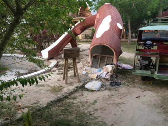 Kalinga Beach Resort : Hemskt